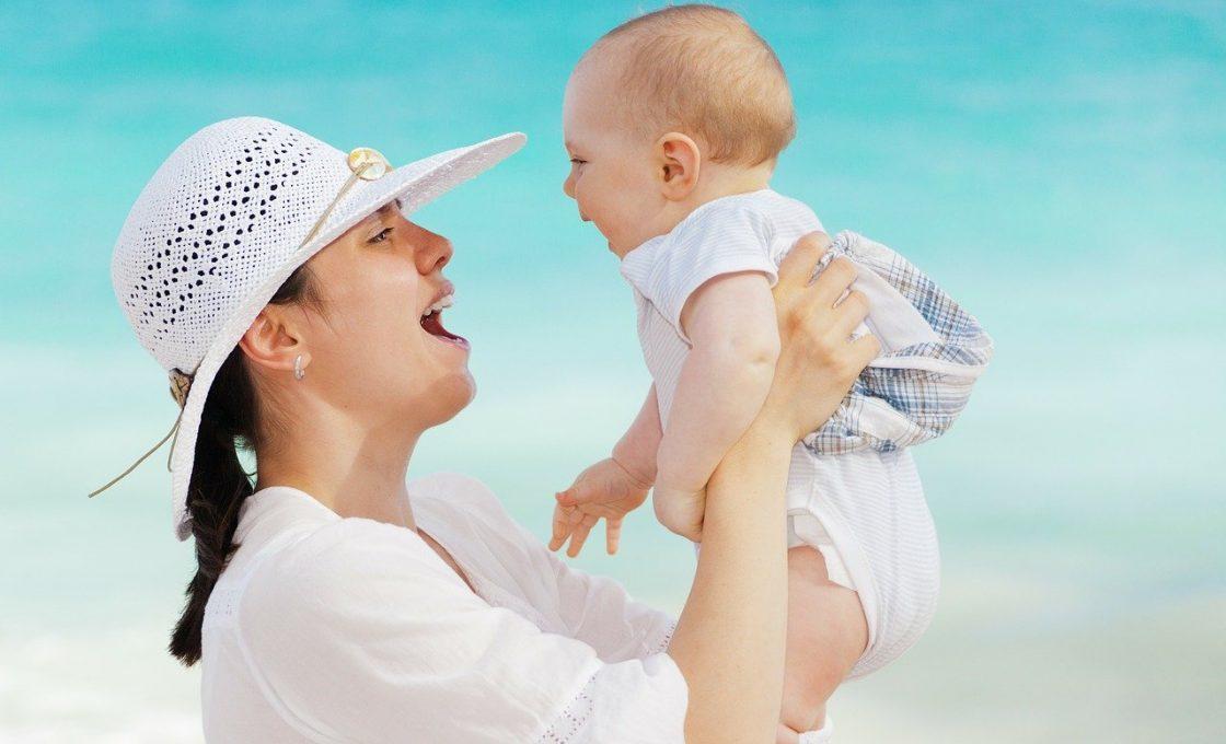 Quelles activités pour favoriser l'éveil de bébé?