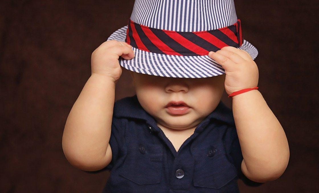 Comment choisir un ensemble bébé garçon ?