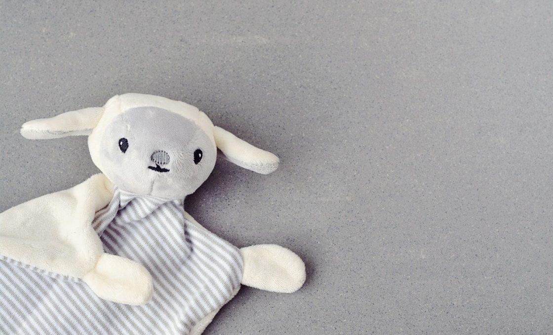 Doudou bola pour calmer son bébé: les avantages