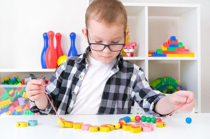 Pourquoi appliquer la pédagogie Montessori à la maison
